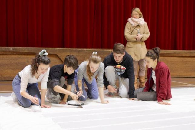 Bau eines Bühnenbilds, 8. Klasse